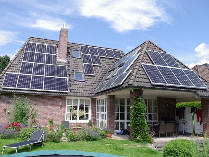 Solarstrom speichern und Nachts nutzen